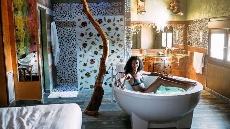 Jakie korzyści przynosi nam gorąca kąpiel?