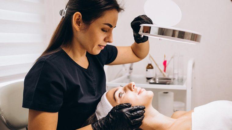 Poznaj działanie kosmetyków do gabinetu